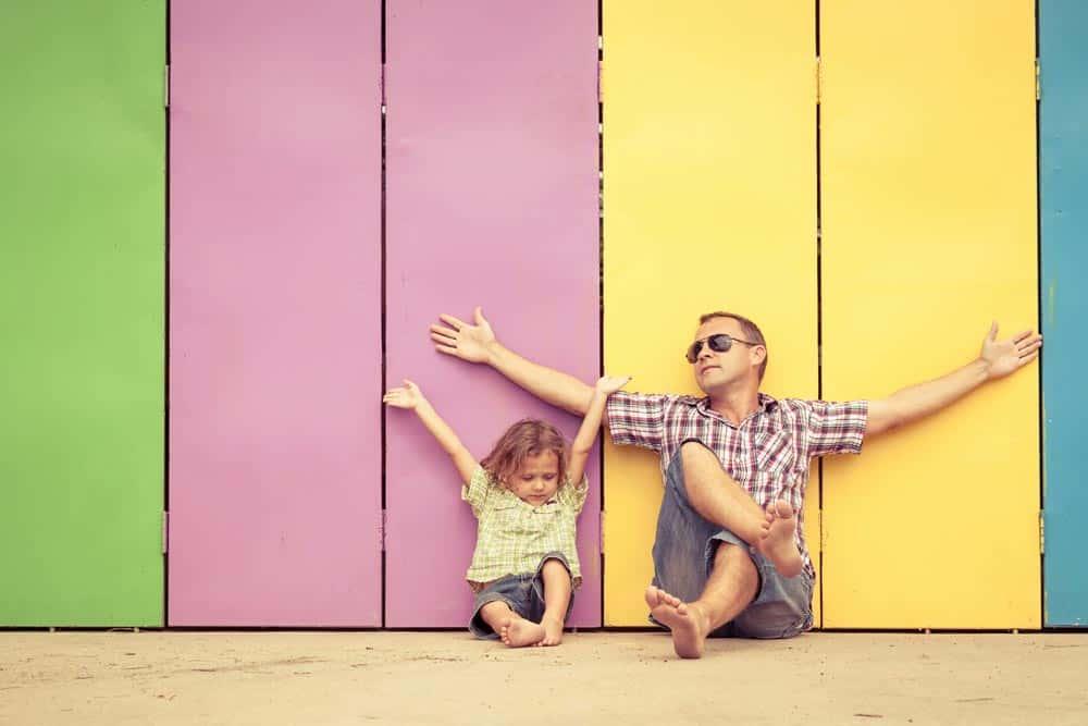 ילד ואבא (צילום: Shutterstock)
